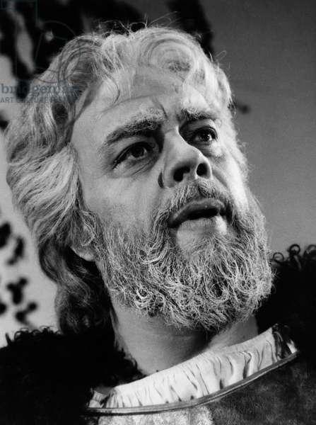 Matti Salminen as King