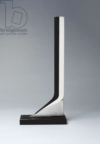 Pied Plunge, 1968 (aluminium, lacquer, stainless steel & marble)
