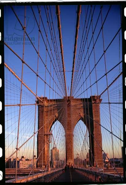 Brooklyn Bridge, New York, USA, completed in 1883 (photo)