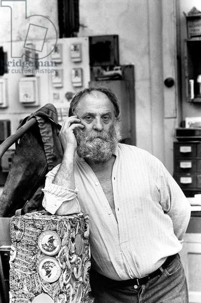 The sculptor Cesar