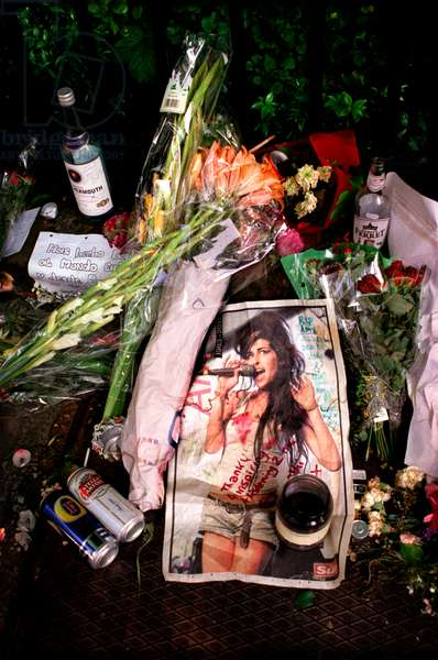 Amy Winehouse tribute from fans