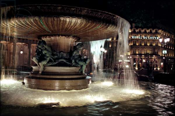 Comedie Francaise 13 Fountain Fountain with  Cherubs Exterior of La Comedie Francaise Opposite Hotel Du Louvre (photo)