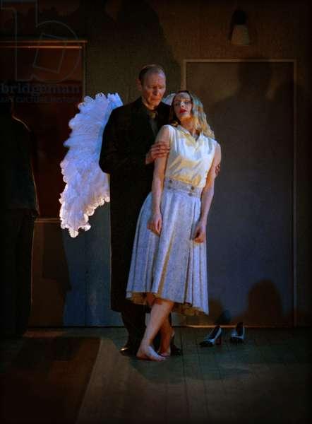 Pina Bausch: 'Bon Voyage Bob' by Alan Lucien Andrey Berezin & Julie Shanahan, Tanztheater Wuppertal (photo)