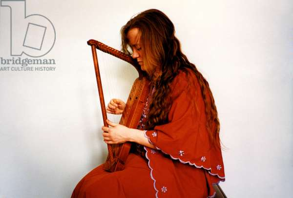 MEDIEVAL Medieval Lap-Harp by Alice Margerum