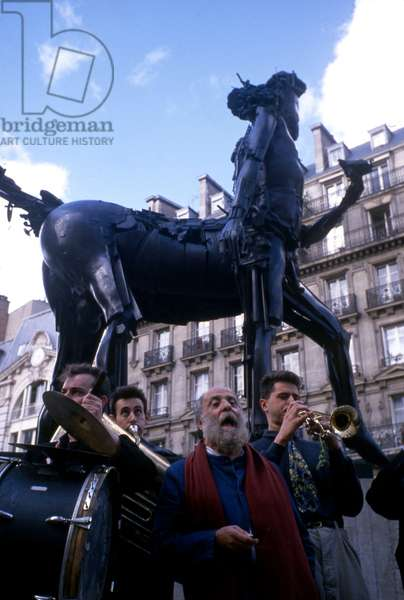 Centaur by Cesar is moved in Paris, in presence of sculptor Cesar (Cesar Baldaccini), 1988 (photo)