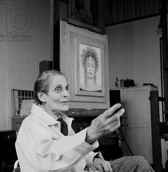 Gluck in her studio, 1973 (b/w photo)