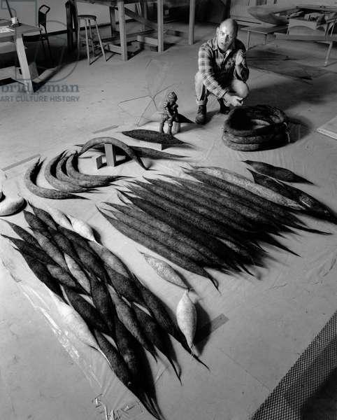 Richard Deacon, 1995 (b/w photo)