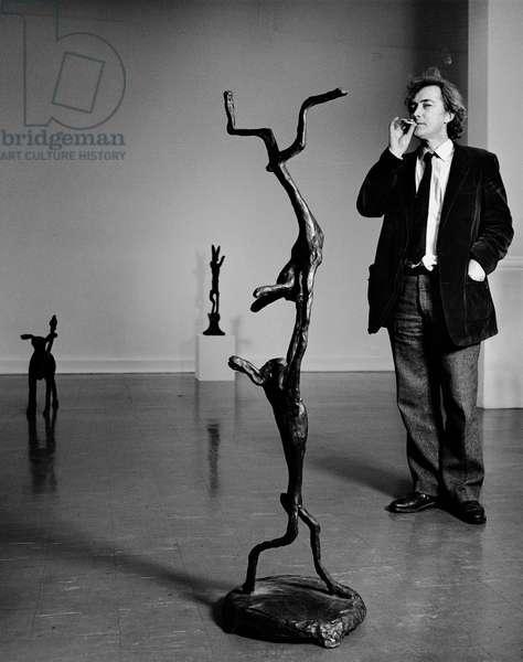 Barry Flanagan, 1983 (b/w photo)