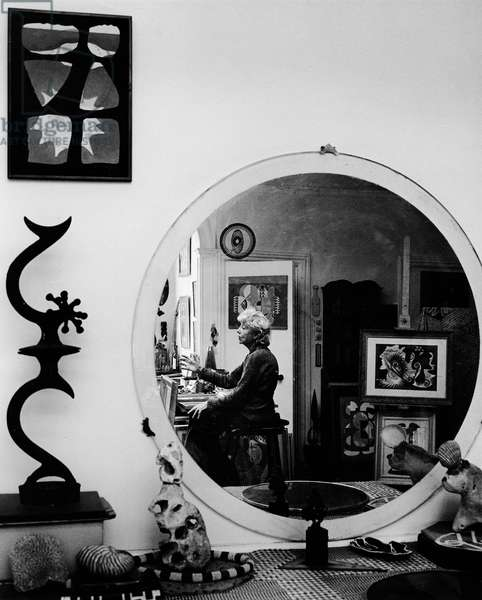 Eileen Agar, 1975 (b/w photo)