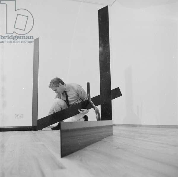 Anthony Caro, 1967 (b/w photo)