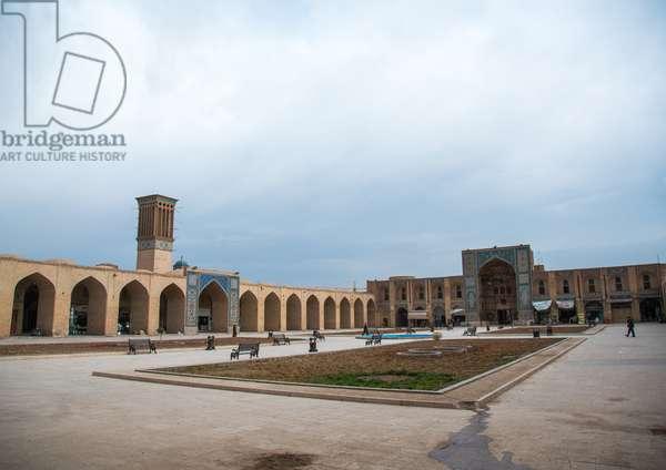 Ganjali Khan Square, Central County, Kerman, Iran, 2016 (photo)