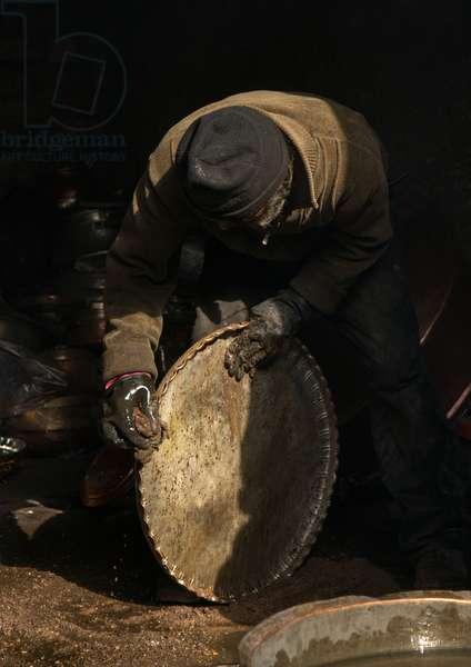 Coppersmith In Ganjali Bazaar, Central County, Kerman, Iran, 2016 (photo)