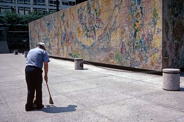 Cleaning Chase Tower Plaza With Marc Chagall'S Mosaic 'Four Seasons In Background, Chicago, USA  (photo)
