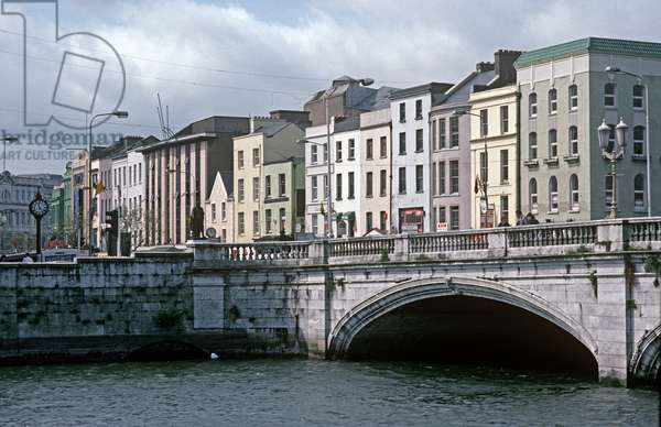 Cork city, bridges over River Lee, referred to in James Joyce 'A portrait of the Artist as a Young Man', Ireland (photo)