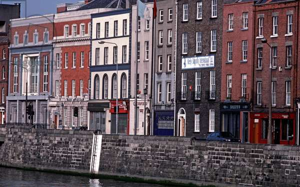 River Liffey and The Quays, referred to by James Joyce in 'Dubliners', Dublin, Ireland (photo)