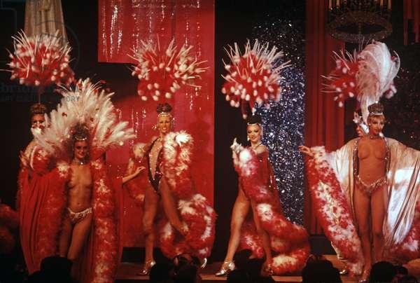 Dancers at the Moulin Rouge Cabaret, Clichy, Paris, France (photo)