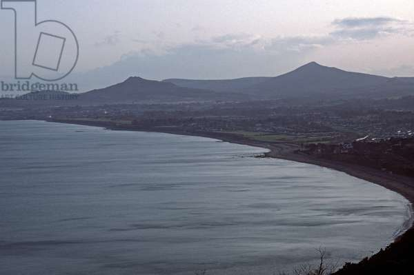 Dalkey Bay, Bray Bay and Wicklow Mountains, County Wicklow, referred to in James Joyce novels, Ireland (photo)