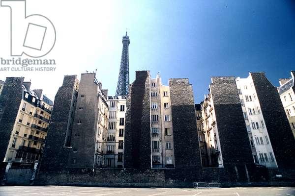 HLM (public housing) demolished, now the site of the Musée du Quai Branly (photo)