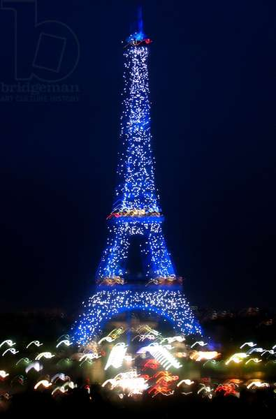 The Eiffel Tower at night, 2008 (photo)