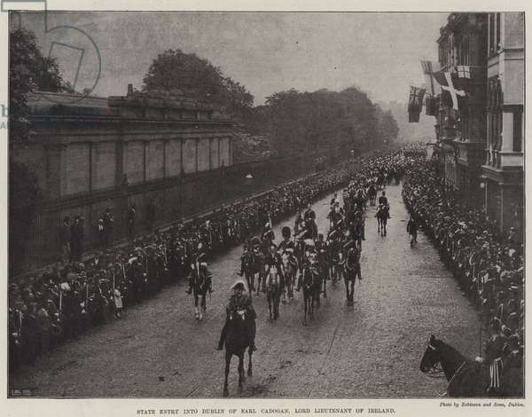 State Entry into Dublin of Earl Cadogan, Lord Lieutenant of Ireland (b/w photo)