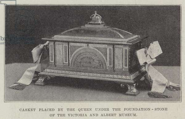 Casket placed by the Queen under the Foundation-Stone of the Victoria and Albert Museum (engraving)