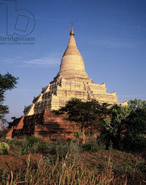 View of Shwesandaw Pagoda (photo)