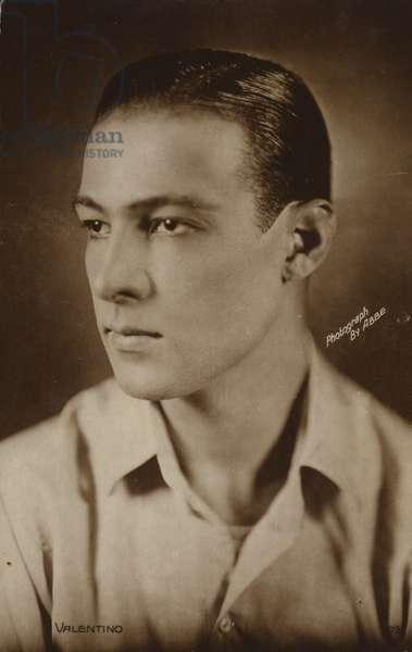 Rudolph Valentino, Italian actor and film star (b/w photo)