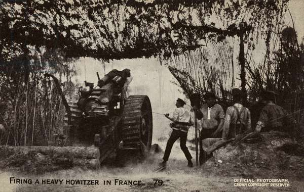 British artillery firing a heavy howitzer in France, World War I (b/w photo)