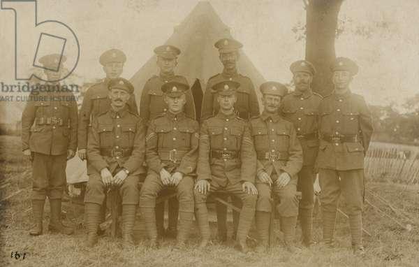 Group of British soldiers, World War I (b/w photo)
