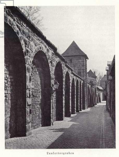 Laufertorgraben, Nuremberg (b/w photo)