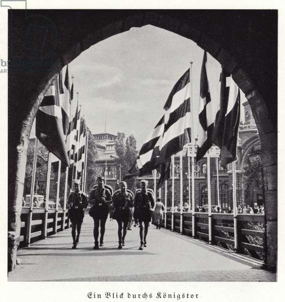 A view through the Konigstor, Nuremberg, 1936 (b/w photo)