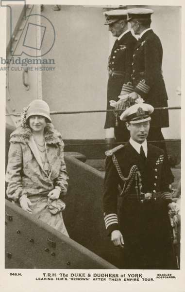 The Duke and Duchess of York leaving HMS Renown after their Empire tour, 1927 (b/w photo)