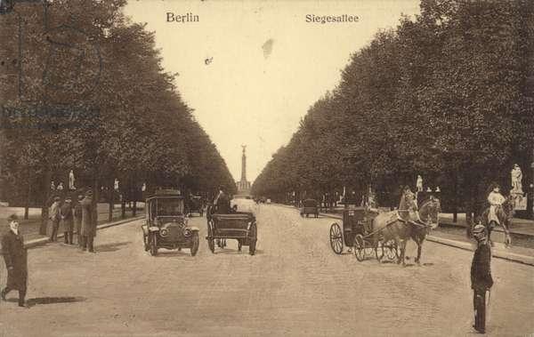 Siegesallee, Berlin (b/w photo)