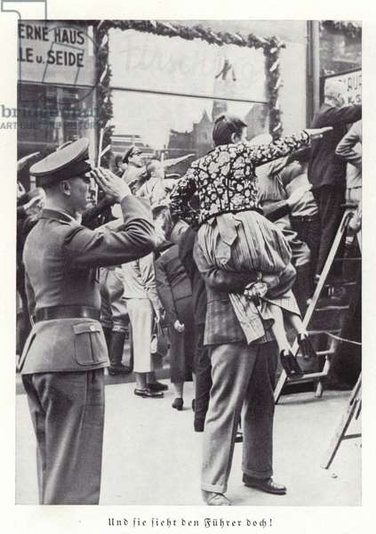 Nazis saluting Hitler, Nuremberg, 1936 (b/w photo)