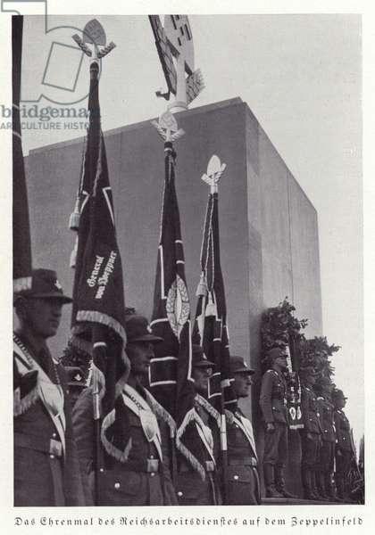 Cenotaph of the Reichsarbeitsdienst (Reich Labour Service) on Zeppelin Field, Nuremberg, 1936 (b/w photo)
