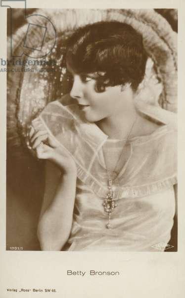 Betty Bronson (b/w photo)