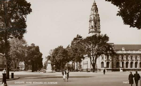 Cardiff, King Edward VII Avenue (b/w photo)