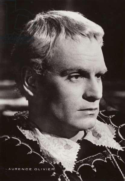 Laurence Olivier (b/w photo)