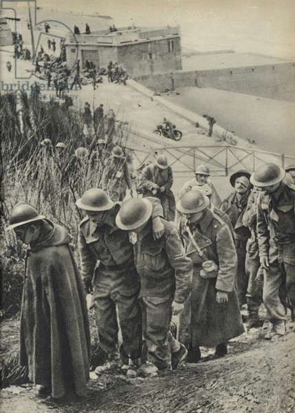 British and French soldiers captured by the Germans, France, World War II, 1940 (b/w photo)