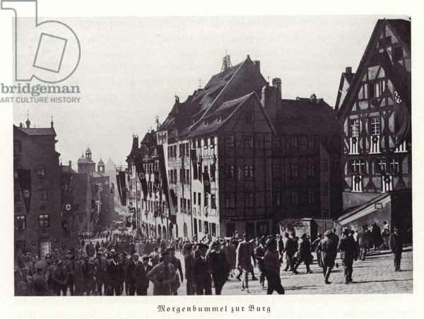 A morning stroll to the castle, Nuremberg, 1936 (b/w photo)