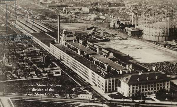 Lincoln Motor Company division of the Ford Motor Company, Detroit, Michigan (b/w photo)