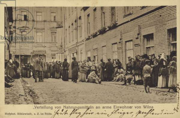 Distribution of food to poor residents of Vilnius (b/w photo)
