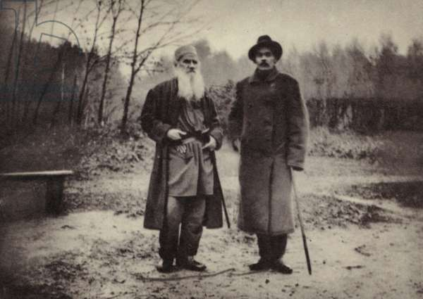L N Tolstoi and A M Gorky, Yasnaya Poliana, 1900 (b/w photo)