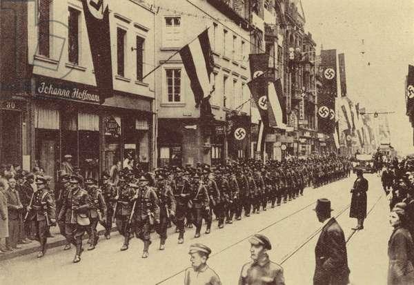 1934, British Troops assist the League of Nations in the Saar, The East Lancashire Regiment in Saarbrucken (b/w photo)