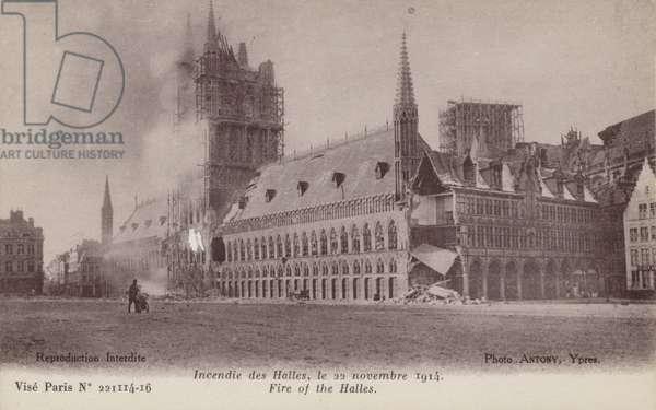 Fire of the Halles Pais (b/w photo)