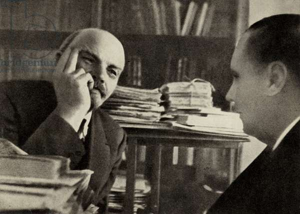 Lenin chats with the English writer H G Wells in his study in the Kremlin, Moscow, October 1920 (b/w photo)