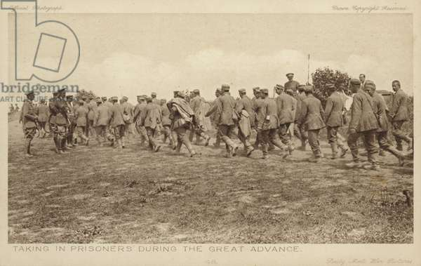 Taking in prisoners during the great advance, World War I (b/w photo)