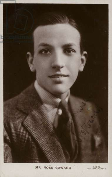 Noel Coward, English playwright, actor, singer and director (b/w photo)