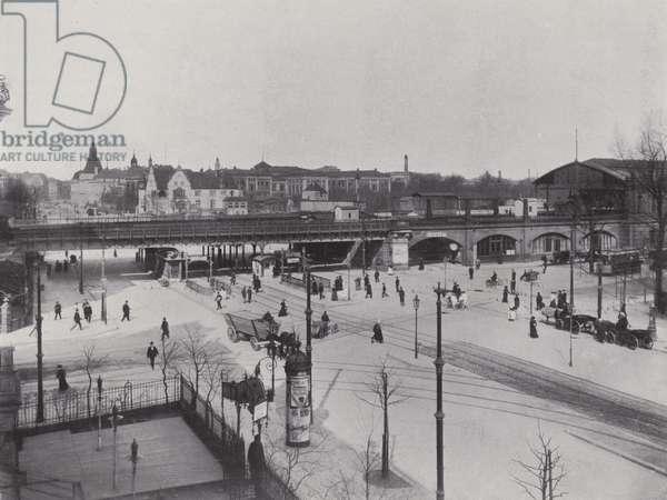 Charlottenburg, Hardenbergstrasse, Bahnhof Zoologischer Garten (b/w photo)