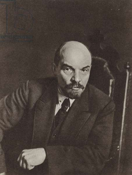 Lenin, Moscow, 2-5 March 1919 (b/w photo)